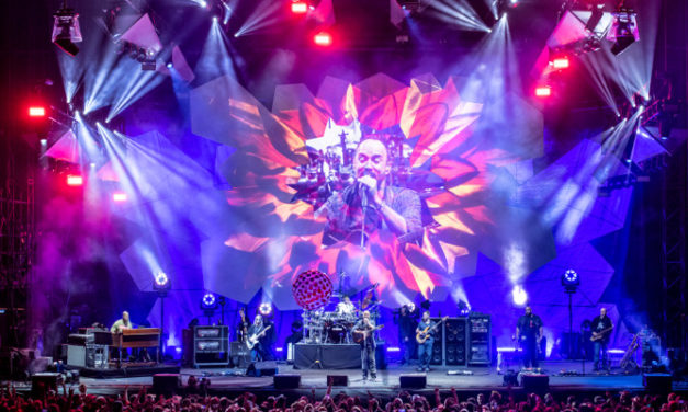 Dave Matthews Band tours with Meyer Sound LEO Family