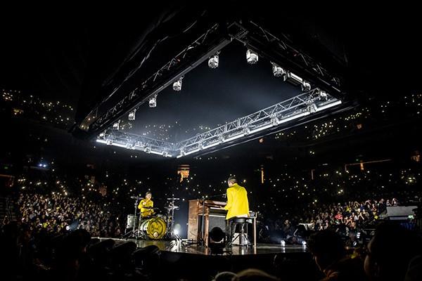 "Meyer Sound soars with Twenty One Pilots on ""Bandito Tour"""