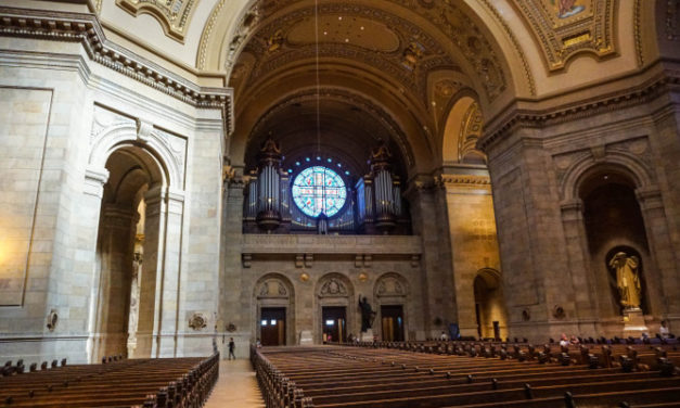 Iconyx satisfies large demands at the Cathedral of St. Paul