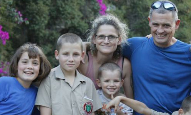 SA ENTERTAINMENT TECH INDUSTRY RALLIES BEHIND KENDALL DIXON
