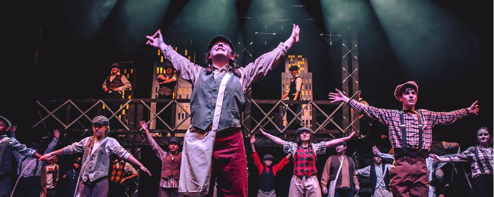 Erik Morra Adds Rogue Touch To Newsies