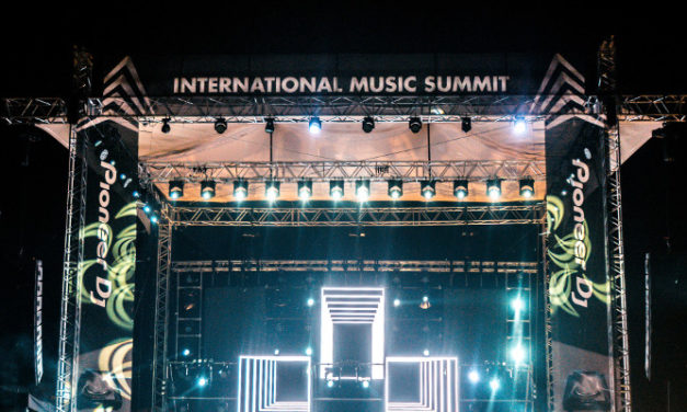 INTERNATIONAL MUSIC SUMMIT STAGES SPECTACULAR GRAND FINALE SHOW WITH MARTIN BY HARMAN